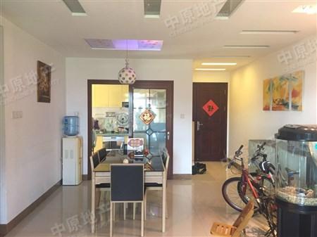 东骏豪苑二期豪装四房,业主诚心出售二手房