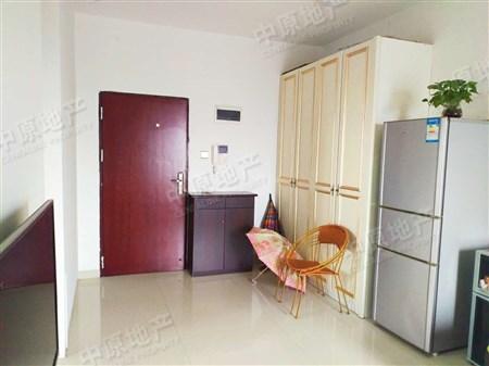 高楼层装修简单居家装修边位位置西南向采光视野好二手房